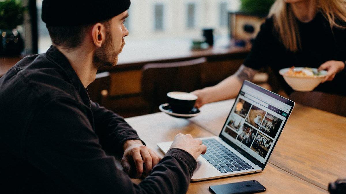 Impactful storytelling elements to improve your UX